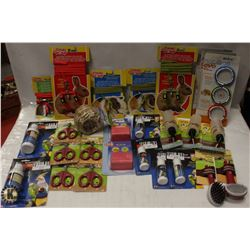 BOX OF ASSORTED SMALL PET ITEMS INCL HARNESSES,