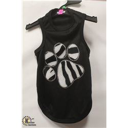 ZEBRA PAW PRINT PET T-SHIRT SIZE MEDIUM.
