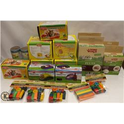 LARGE BOX OF SMALL ANIMAL ACCESSORIES INCL
