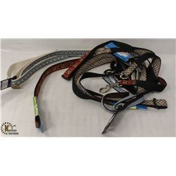 BAG OF 5 ASSORTED FABRIC DOG LEASHES.