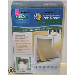 PET SAFE EXTREME WEATHER PET DOOR SMALL PETS