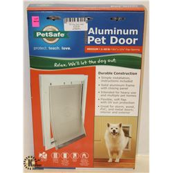 PET SAFE ALUMINUM PET DOOR MEDIUM PETS