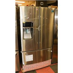 NEW SCRATCH AND DENT SAMSUNG FRENCH DOOR FRIDGE W/