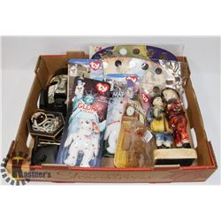 FLAT OF COLLECTIBLES INCLUDING BEANIE BABIES