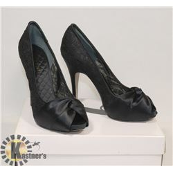 NINE WEST BLACK OPEN TOE SZ 8