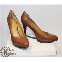 NINE WEST BROWNCLOSED, SZ 10