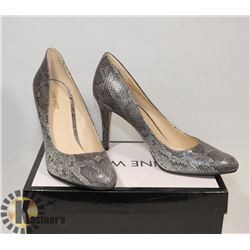 NINE WEST GREY CLOSED, SZ 10