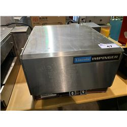 LINCOLN IMPINGER COUNTER TOP OVEN WITH CONVEYOR BELT