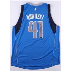 Dirk Nowitzki Signed Mavericks Jersey (Panini Hologram)