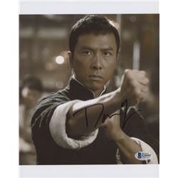 "Donnie Yen Signed ""Ip Man"" 8x10 Photo (Beckett COA)"