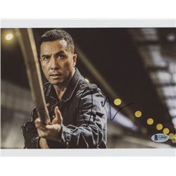 Donnie Yen Signed 8x10 Photo (Beckett COA)