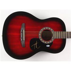 Tim McGraw Signed 38.5  Acoustic Guitar (Beckett COA)