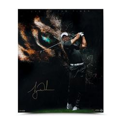 """Tiger Woods Signed """"Eye Of The Tiger"""" Limited Edition 20x24 Photo (UDA COA)"""