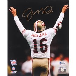 Joe Montana Signed San Fransisco 49ers 8x10 Photo (Beckett COA)