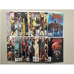 """Lot of (51) 2005-10 """"The New Avengers"""" Marvel Comic Books"""
