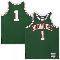 "Oscar Robertson Signed Milwaukee Bucks Jersey Inscribed ""HOF '79"", ""'64 MVP""  ""'71 NBA CHAMPS"" (Fana"