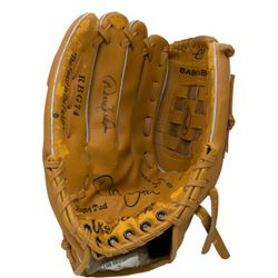 Derek Jeter Signed Rawlings Player Model Baseball Glove (JSA LOA)