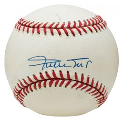 Willie Mays Signed ONL Baseball (Beckett COA)