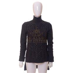 Timeless (TV) – Denise Christopher's Sweater – TL248