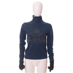 Timeless (TV) – Carol Preston's Sweater & Gloves – TL232