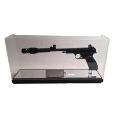 Star Wars Episode IV: A New Hope Princess Leia (Carrie Fisher) Limited Edition Blaster Replica