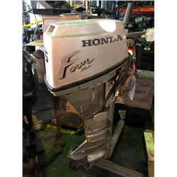 HONDA 15HP 4 STROKE OUTBOARD ENGINE, COMES WITH STAND