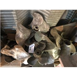 LOT OF ASSORTED BOAT PROPELLERS