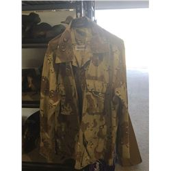 Men's Camo Jacket - Large