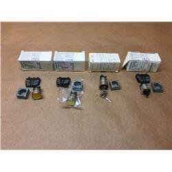 (4) Siemens Push Buttons 3SB3 601-0AA31 & 3SB3 500-4AD01 *See Pics*