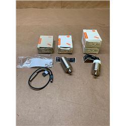 Lot of 4 IFM Proximity Sensor IE5344, II5827 & IIC219 *See Pics*