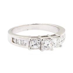 18KT White Gold 1.30 ctw Diamond Ring