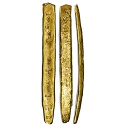 "Long gold ""finger"" bar #21, fineness XXI (21K), 988 grams, ex-Atocha (1622)."