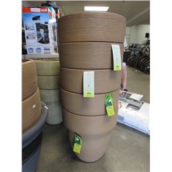 "5 NEW CARAMEL 16"" TOLEDO GROSFILLEX LIGHT WEIGHT PLANTERS"