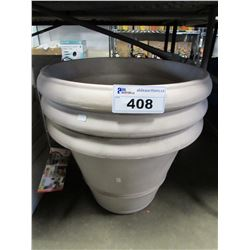 3 NEW MARCHIORO CUENCA 50 - 9.6 GALLON PLANTERS