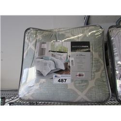 MADISON PARK QUEEN COMFORTER SET