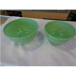 2 JADEITE FIRE KING MIXING BOWLS