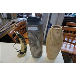 2 VASES AND DECORATIVE HORN DECANTER