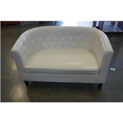 WHITE LEATHER BUTTON BACK LOVE SEAT