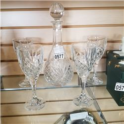 CRYSTAL DECANTER W/ 4 GLASSES