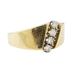 0.30 ctw Diamond Ring - 14KT Yellow Gold