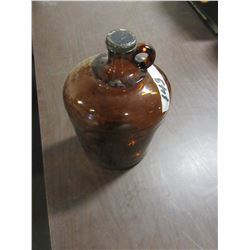 ESTATE VINTAGE - BROWN BLEACH JUG WITH LID