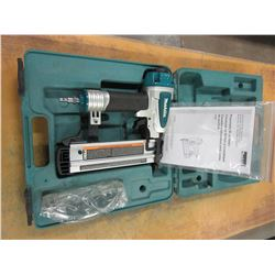 ESTATE - MAKITA BRAD NAILER IN CASE