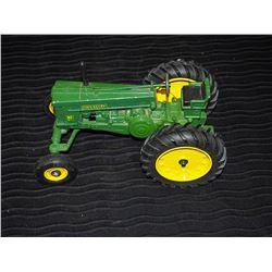 John Deere 70 Gas Row Crop Model Tractor