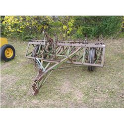 John Deere 8ft Field Cultivator Mechanical Power Lift