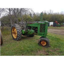 1946 John Deere GM Tractor
