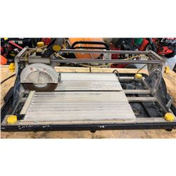 MASTERCRAFT TILE SAW WITH METAL STAND