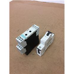 (2) Siemens 3UG4513-1BR20 Voltage Monitor & Icu30kA Circuit Breaker
