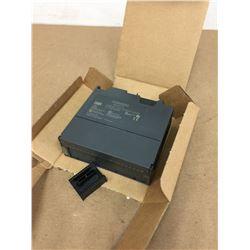 Siemens 6ES7 332-5HD01-0AB0 Analog Output Module