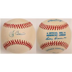 Yogi Berra signed Baseball  104602
