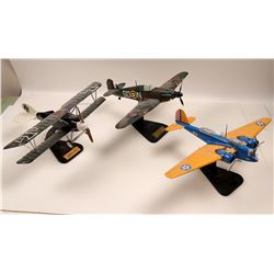 Military Desk Top planes  108889